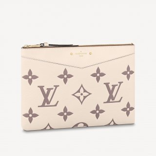 Louis Vuitton Daily Pouch in Giant Monogram Leather M80174 Cream White/Dusty Pink