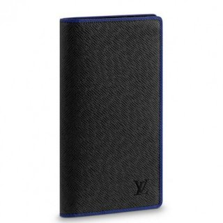 Louis Vuitton Brazza Wallet Taiga Leather M30558