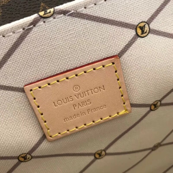 Louis Vuitton Pochette Metis Summer Trunks Monogram M43628