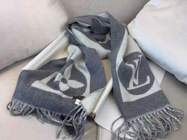 Louis Vuitton Cardiff Scarf M74205